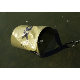 FOX Collapsable water bucket inc rope/clip CCC040